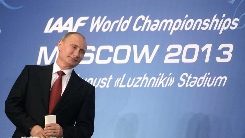 Władimir Putin podczas otwarcia lekkoatletycznych mistrzostw świata w Moskwie