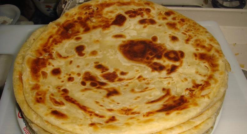 Kenya food, chapati (African Food Recipes)