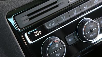Pięć sposobów na skuteczną klimatyzację auta