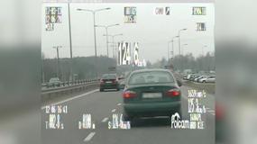 Przekroczyli dozwoloną prędkość o kilkadziesiąt km/h i stracili prawo jazdy