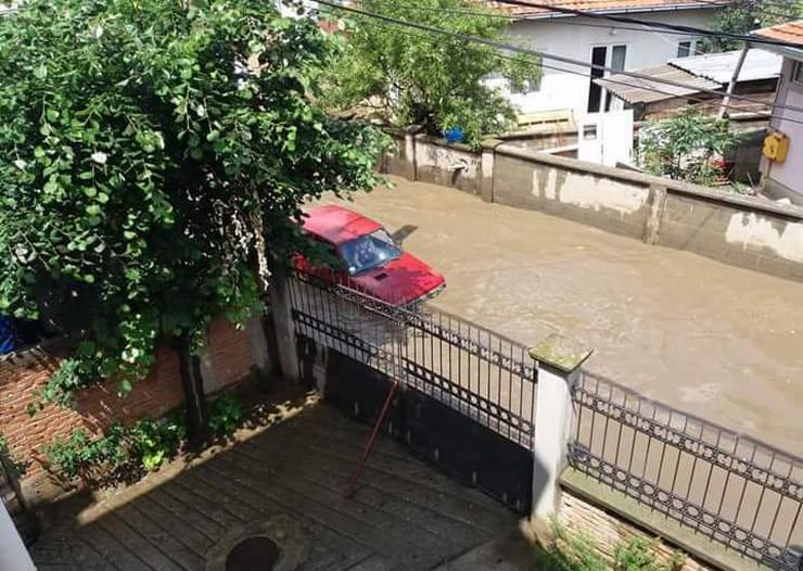 Poplava u Vojvode Vlahovića