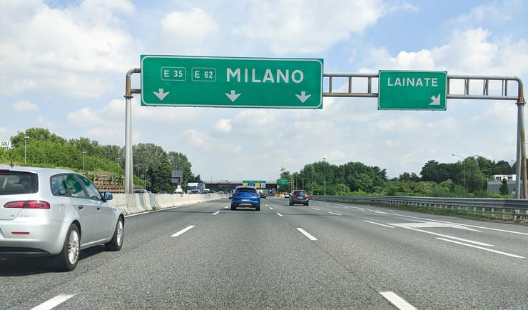 italija autoput foto WilmaVdZ shutterstock