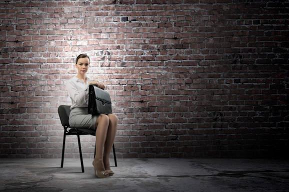 """""""SLALI SU MI CV NA 12 STRANA"""" Regruteri otkrivaju: Tri stvari koje poslodavci traže u vašoj biografiji i tri GREŠKE koje će vas koštati posla"""