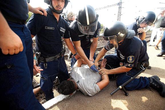 Mađarske vlasti su do početka septembra zadržale više od 300 azilanata, od kojih 170 dece. Nasilno vraćanje tih ljudi u Srbiju ostaje problem