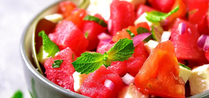 Pomysły na sałatki z arbuzem. Do wyboru na słodko lub wytrawnie