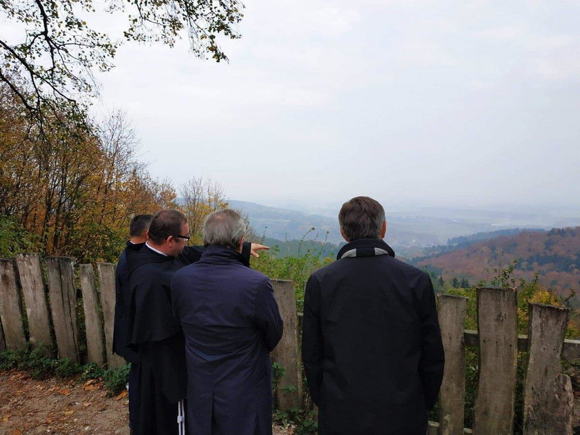 Marek Kuchciński i Piotr Gliński odwiedzili Kalwarię Pacławską