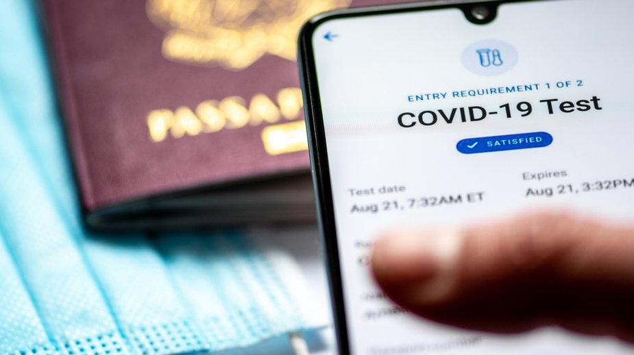 Wielu ozdrowieńców nie może otrzymać certyfikatu covidowego