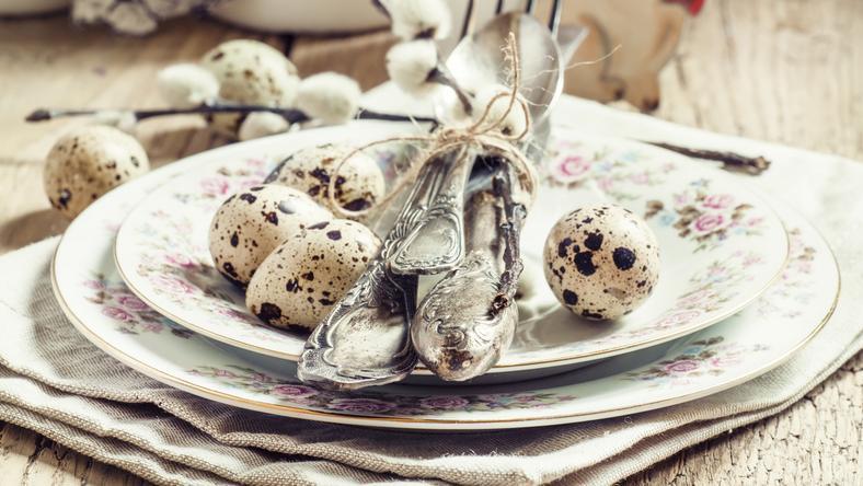 Piękny świąteczny stół - kilka pomysłów na Wielkanoc