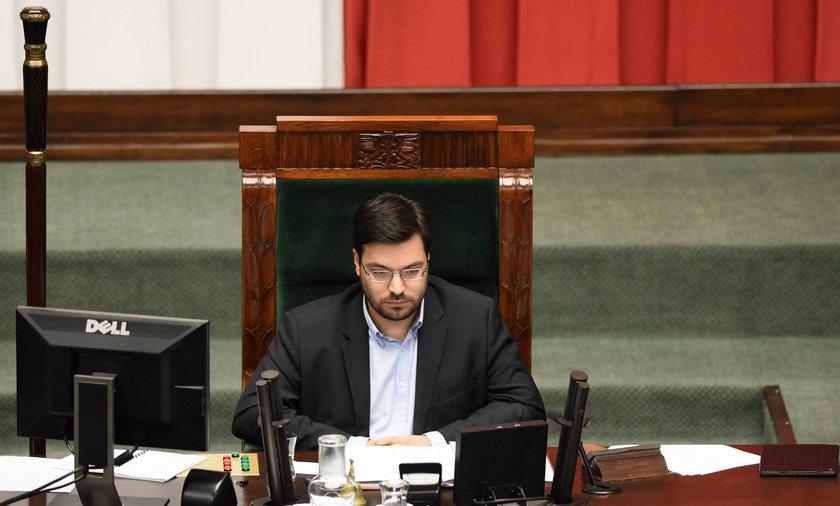 """Poseł Kukiz'15: """"Platforma niczym się nie różni od PiS"""""""