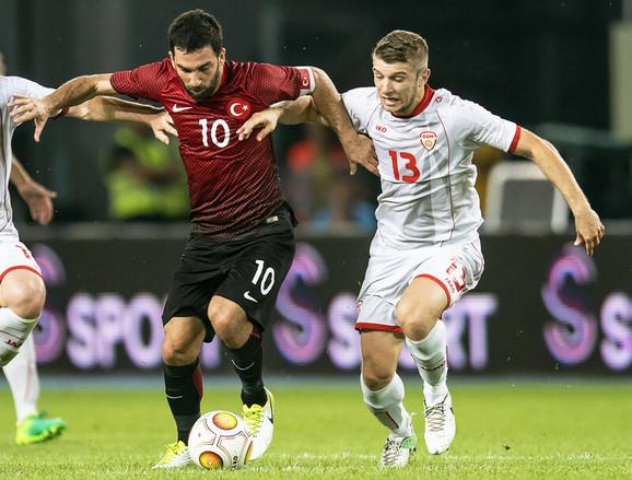 Arda Turan na utakmici protiv Makedonije