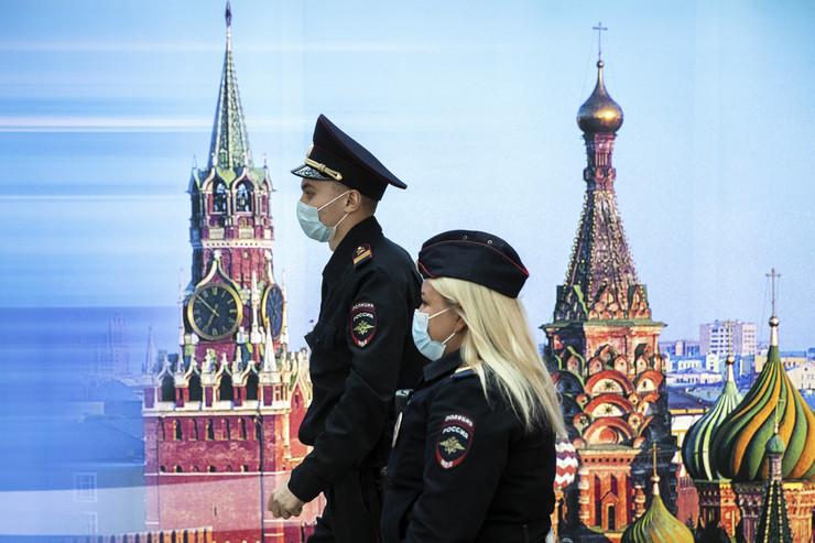 Rusija korona nova