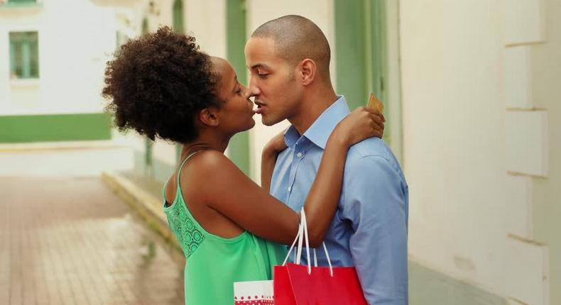Dating in your 20s (shutterstock)