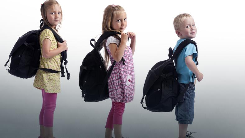 ec5745b0e48a9 Uczniowie noszą za ciężkie tornistry - Dziecko