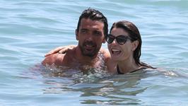 Włoski magazyn opublikował intymne zdjęcie Buffona