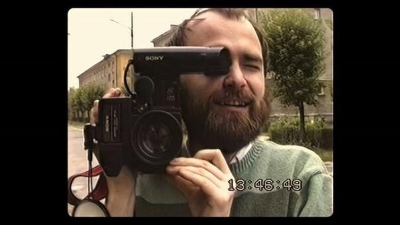 """Kadr z filmu """"Z wnętrza"""""""