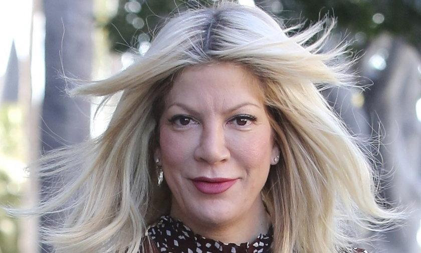 Wszystkie oblicza Tori Spelling. Co się stało z jej twarzą?