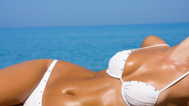 Siedem na dziesięć pytanych kobiet przyznaje, że nie zdecydowałoby się na noszenie bikini w wieku 39 lat
