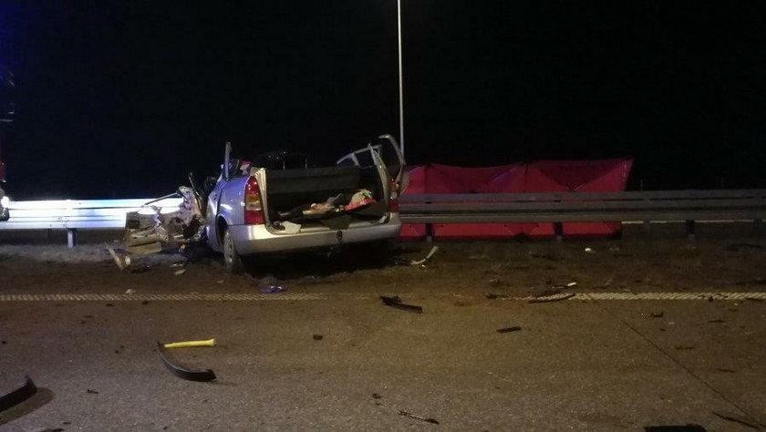 Tragiczny wypadek koło Sieradza. Zablokowana S8