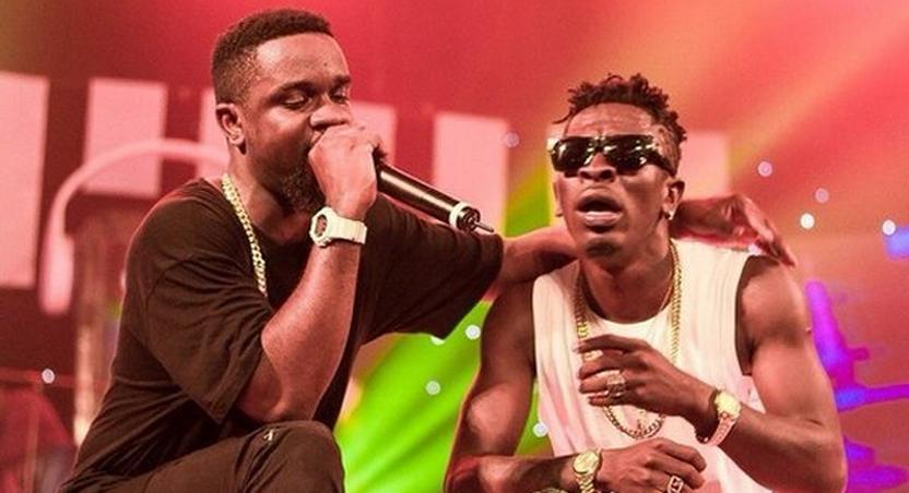 Shatta Wale and Sarkodie on stage