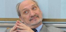 Macierewiczowi grozi 8 lat więzienia! Za...