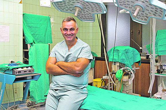 Presečeno je bilo sve osim kože sa jedne strane, kaže  doktor Marjanović