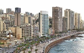 Liban staje się państwem biedy i bezprawia