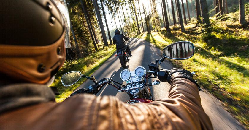 Choć sprzedaż tanich motocykli spada, zwiększyła się liczba kupowanych drogich maszyn z lepszymi silnikami