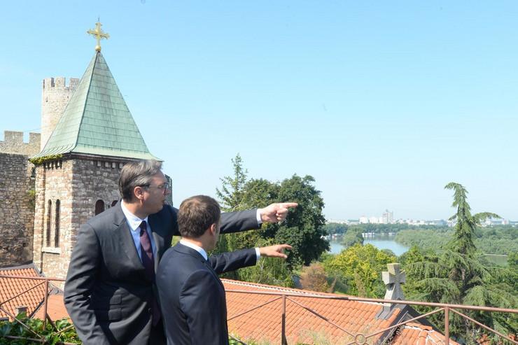 Makron i Vučić na Kalemegdanu