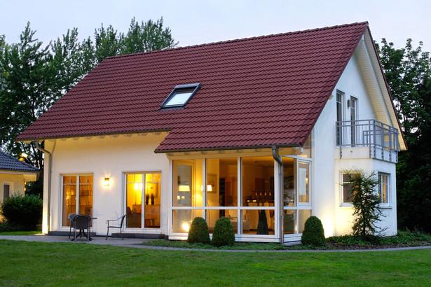 Uważane dotychczas za najlepsze do wynajmu mieszkania dwupokojowe w sezonie odczuwają konkurencję większych lokali.