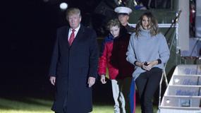 Melania Trump w swetrze i dopasowanych spodniach. W takiej stylizacji rzadko można ją zobaczyć