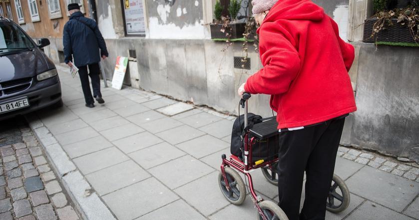 Jeżeli limit trzydziestokrotności zostanie zniesiony, zróżnicowanie świadczeń dla bogatszych i biedniejszych emerytów ogromnie wzrośnie
