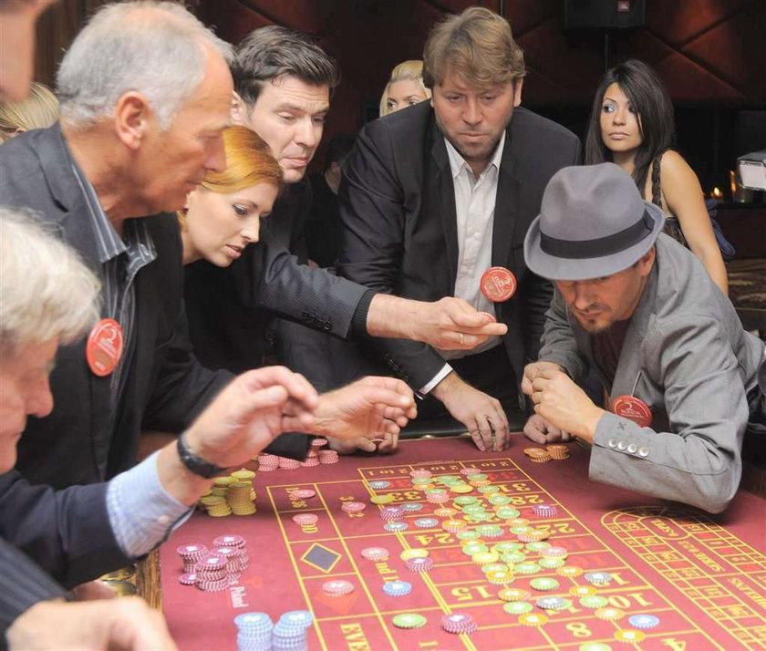Wielki hazard gwiazd. Zobacz FOTY!