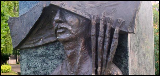 Galeria Artystyczna na placu Grunwaldzkim w Katowicach: Rzeźba przedstawiająca Jerzego Dudę-Gracza. Fot. Michał Bulsa (Lahcim nitup) / Wikimedia Commons