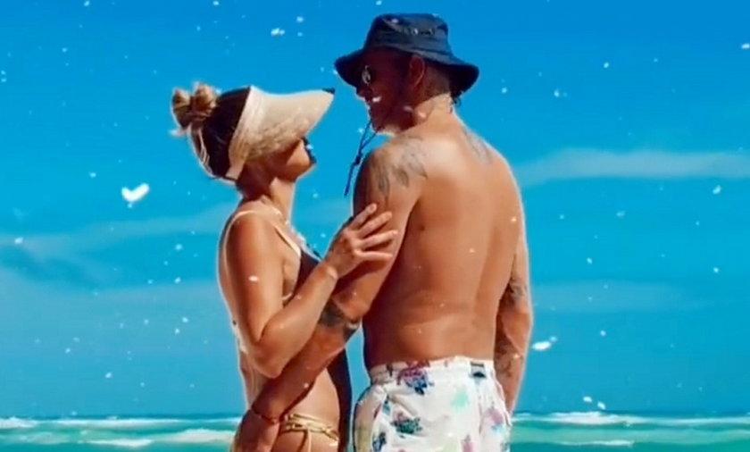Małgorzata Rozenek i Radosław Majdan obściskują się na meksykańskiej plaży.