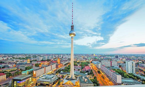 Televizijski toranj - simbol Istočnog Berlina i DDR-a