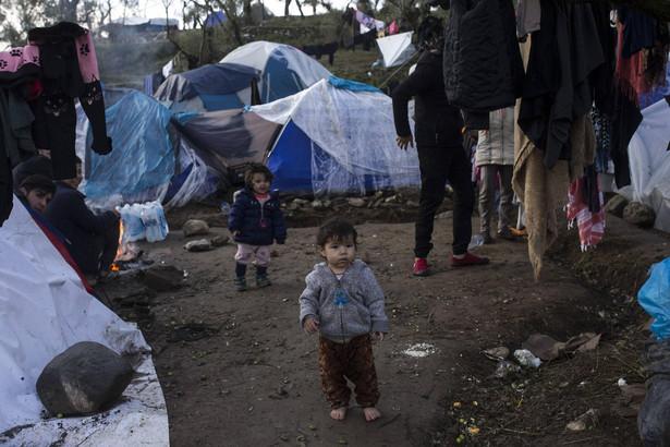 Obecnie w obozie Moria na wyspie Lesbos przebywa ok. 18 tys. osób