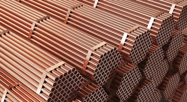 Zyskują spółki miedziowe: Yunnan Copper zwyżkował o 7,3 proc., a Jiangxi Copper wzrósł o 9,4 proc.