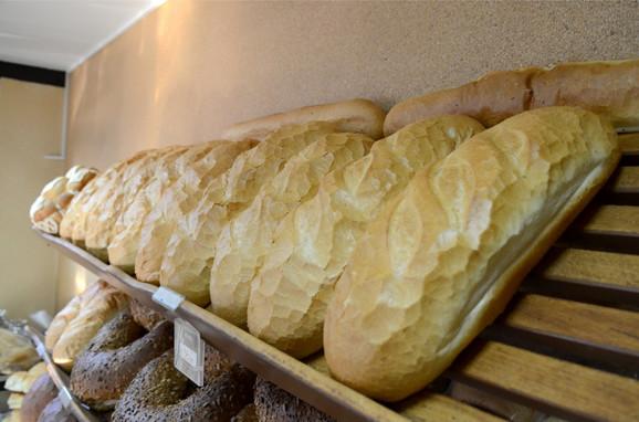 Polovina pekarske industrije u sivoj zoni