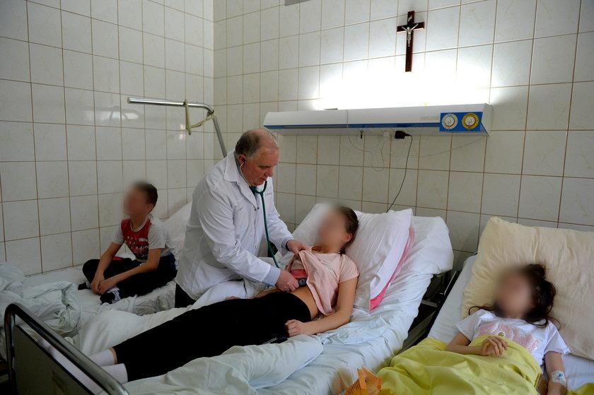Zbiorowe zatrucie w podstawówce. 45 dzieci poszkodowanych