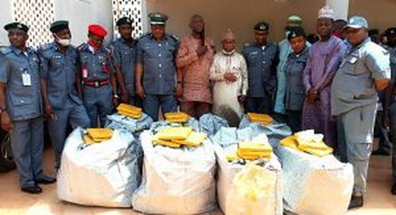 Customs hands over banned drugs worth N22m to NDLEA. [NAN]