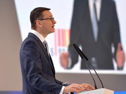 Mateusz Morawiecki uważa, że polska gospodarka potrzebuje więcej oszczędności, a mniej konsumpcji na kredyt