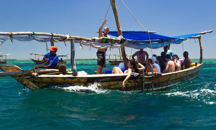 Na zdjęciu z lutego 2019: turyści na Zanzibarze.