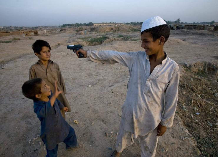 151866_avganistan-deca-ap