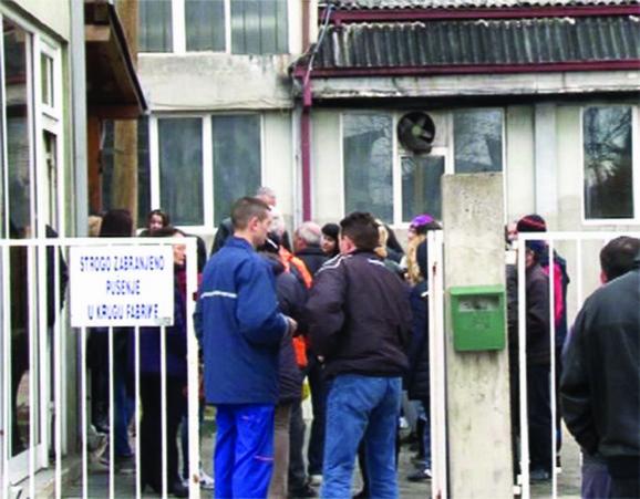 Svaki dan 127 radnika čeka da se reši status firme