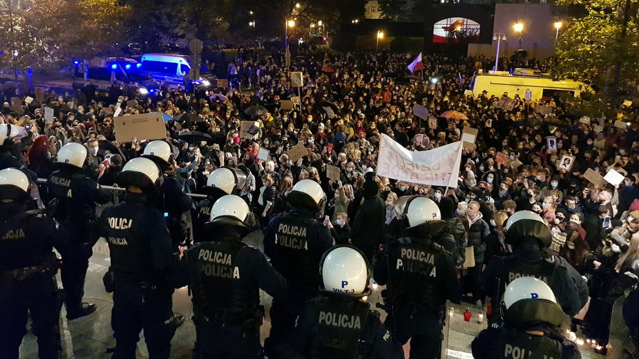 Katowice. Protest w związku z wyrokiem Trybunału Konstytucyjnego