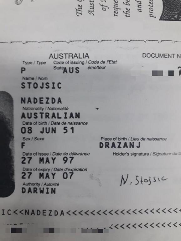 Nadeždin stari pasoš