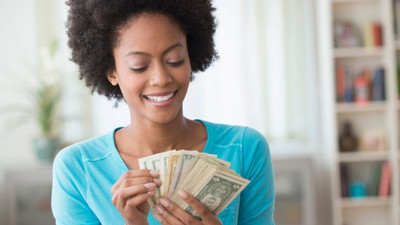 What exactly does it mean to pay yourself first?