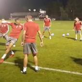 NESVAKIDAŠNJE SCENE NA TRENINGU Milojević se prisetio igračkih dana, pa proturio defanzivcu crveno-belih loptu kroz noge /VIDEO/