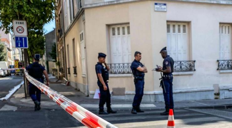 francuska policija pokrivalica