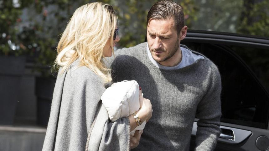 Francesco Totti dating historia